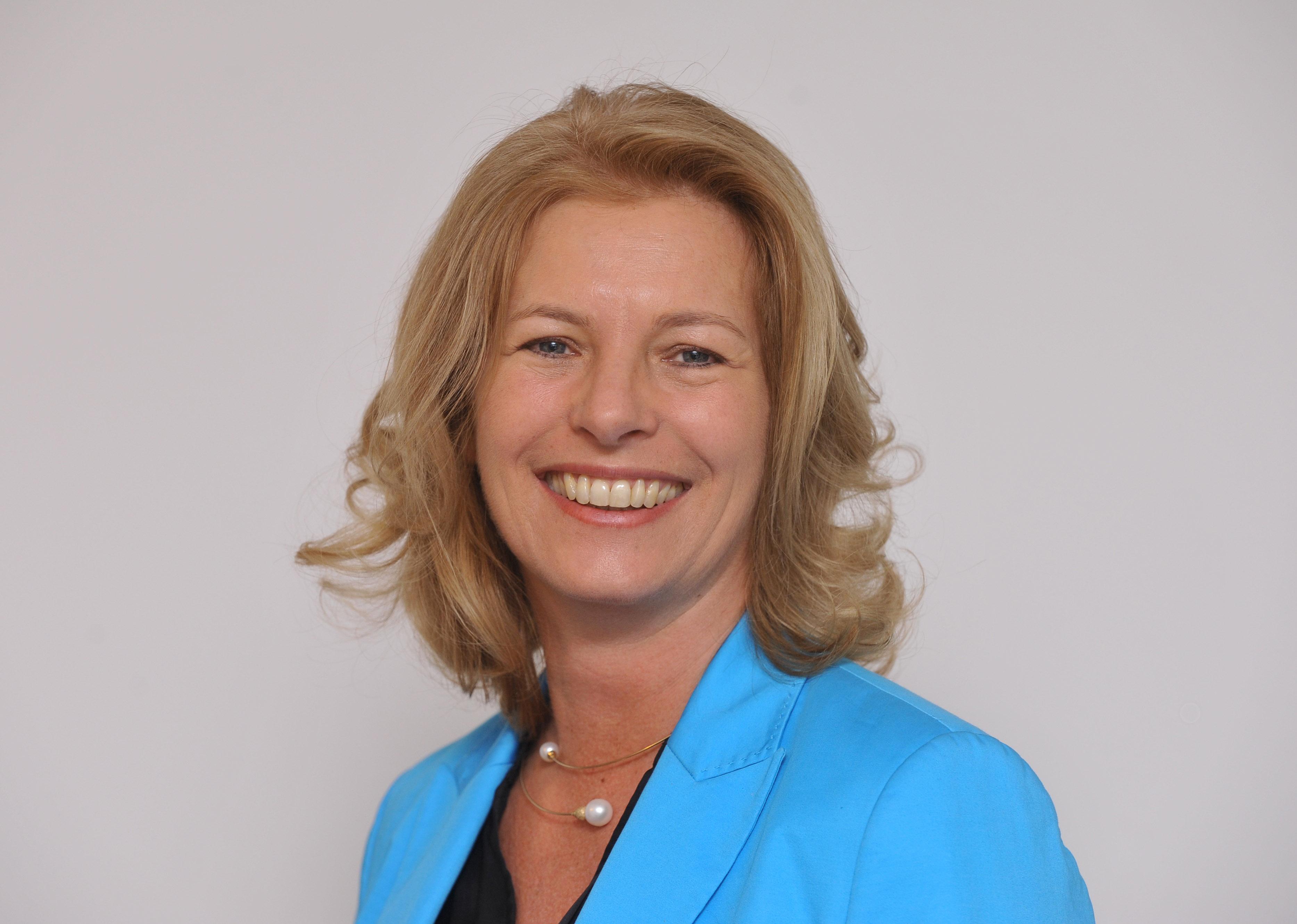 Kommunikationsexpertin-Anja-Oser-bei-GABAL
